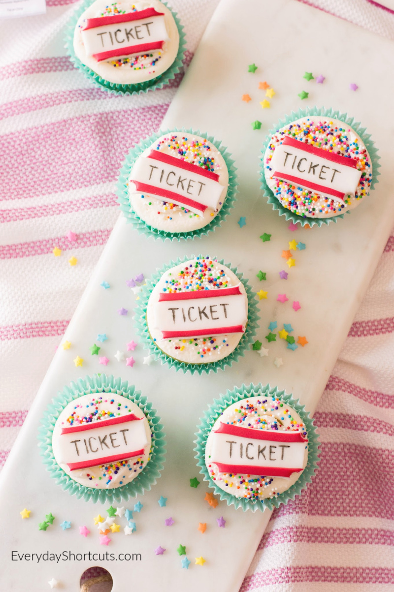 circus ticket cupcakes