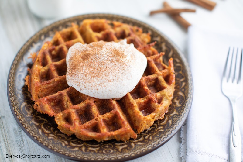 how to make pumpkin pie chaffles