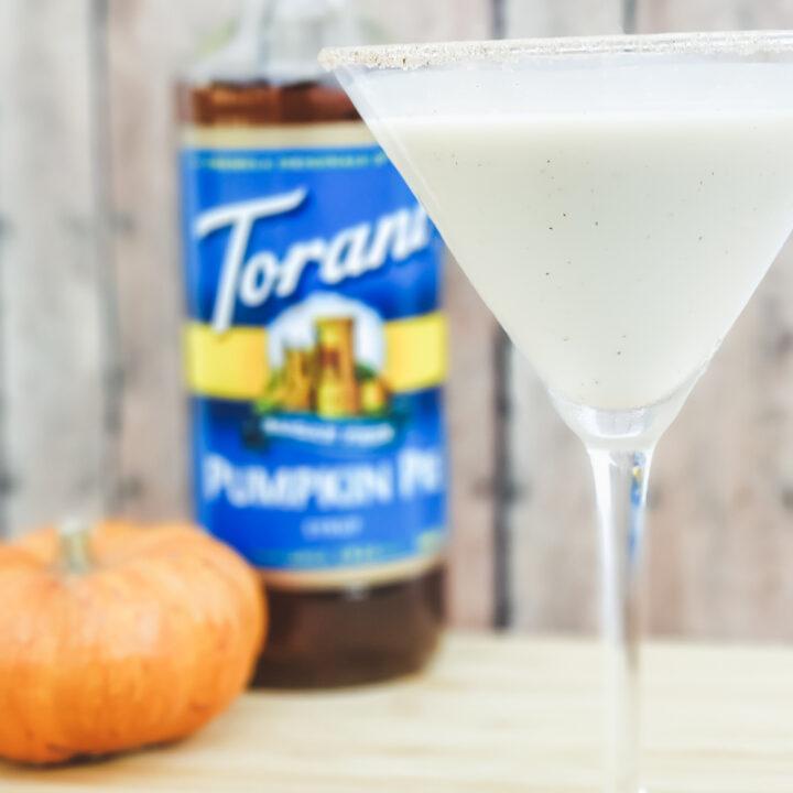 Keto Pumpkin Pie Martini