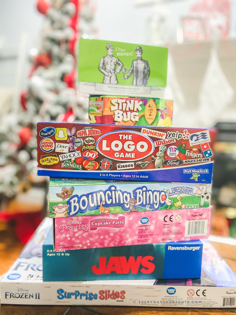 100 Games to Play with Family During the Holidays
