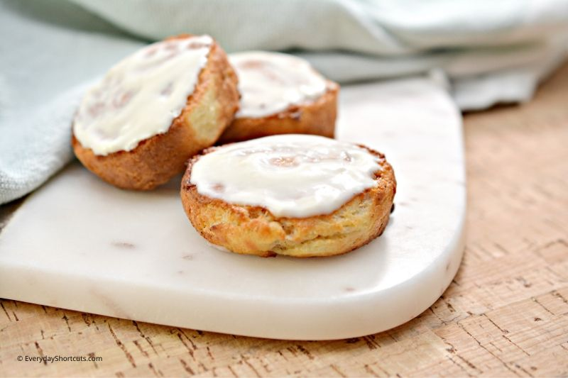 how to make keto cinnamon rolls in the air fryer
