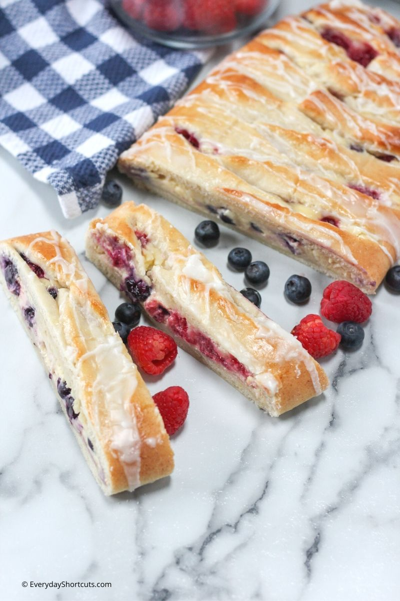 Fresh Berry Danish with Lemon Glaze