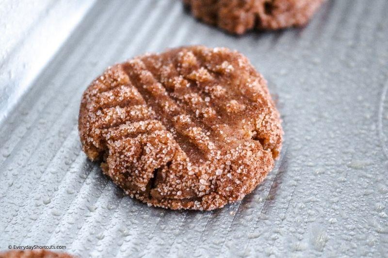 how to make Keto Pumpkin Snickerdoodle Cookies