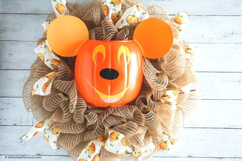 Mickey Mouse Pumpkin Wreath Tutorial