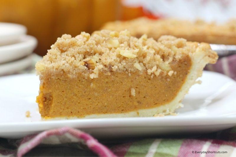 how to make Walnut Streusel Pumpkin Pie