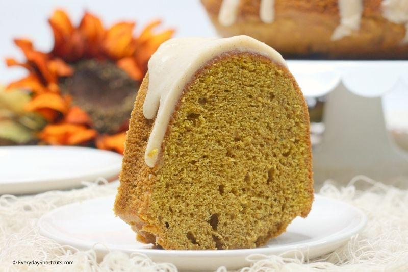 how to make Spiced Chai Pumpkin Bundt Cake