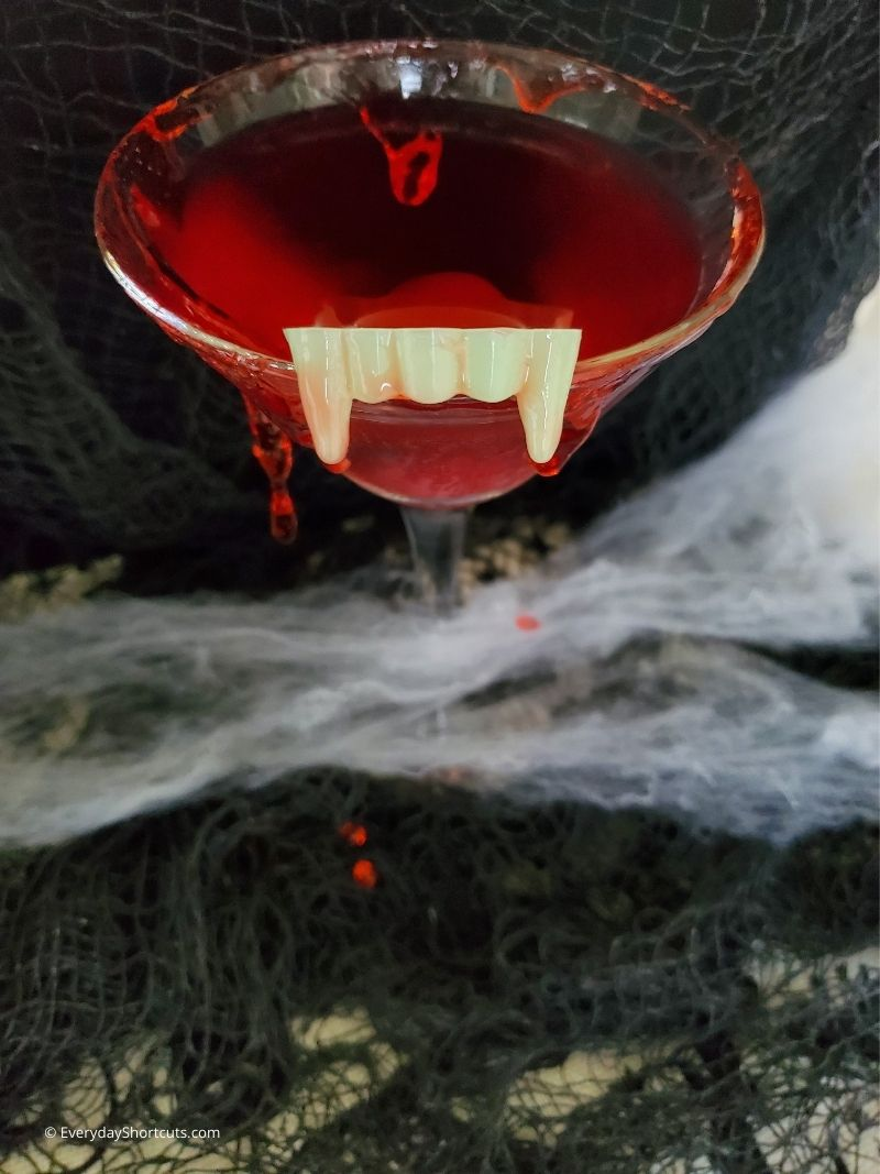 how to make a Blood Sucking Vampire Martini