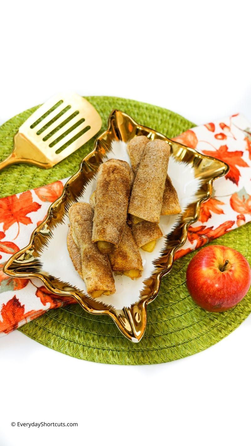 cinnamon coated apple pie roll ups