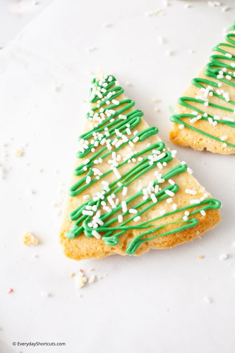 how to make Christmas Tree Shortbread Cookies