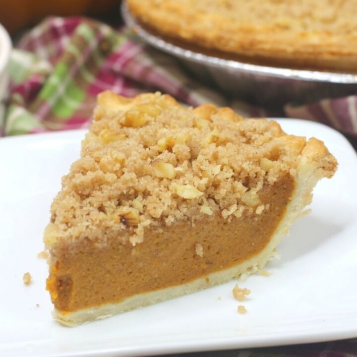 Walnut Streusel Pumpkin Pie
