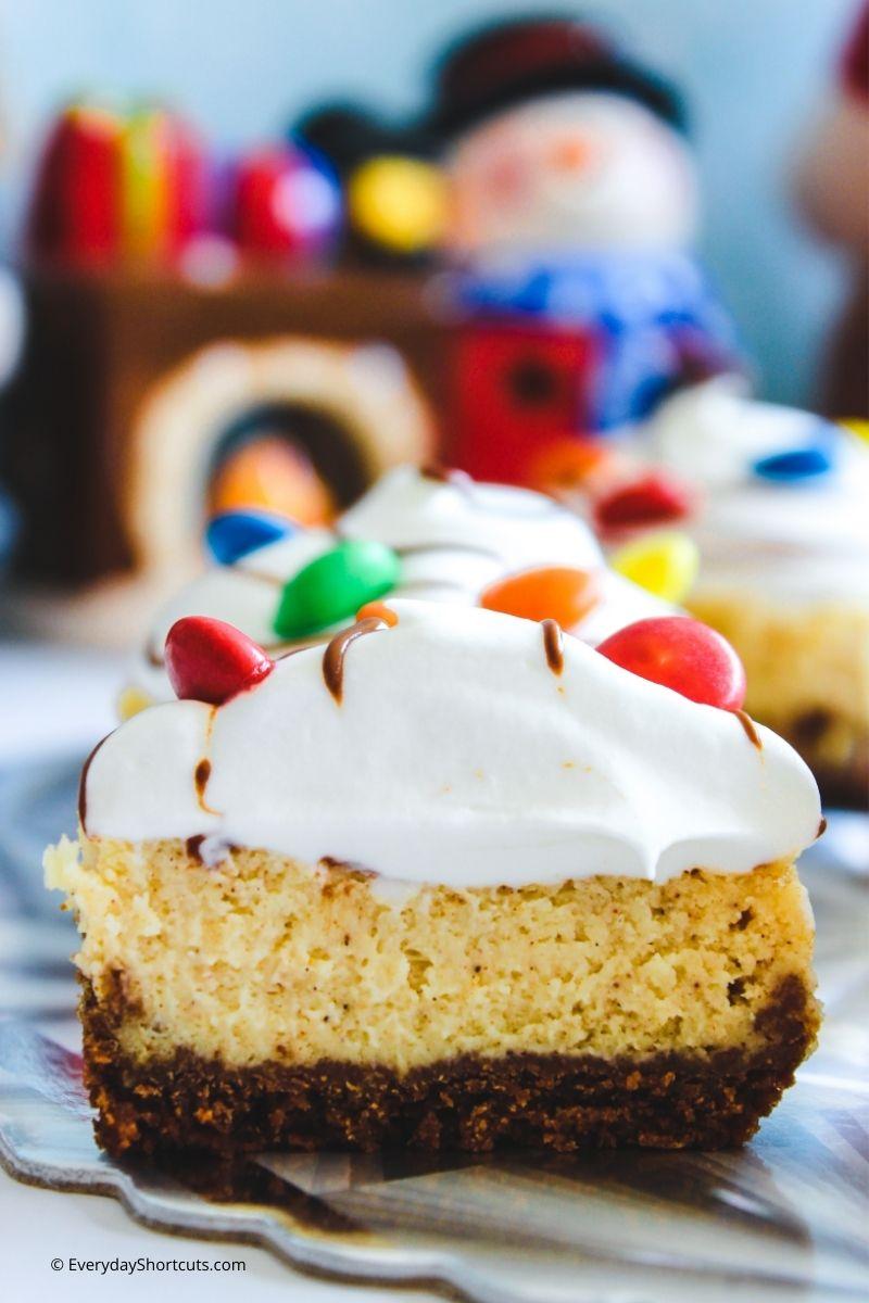 how to make Mini Eggnog Cheesecakes