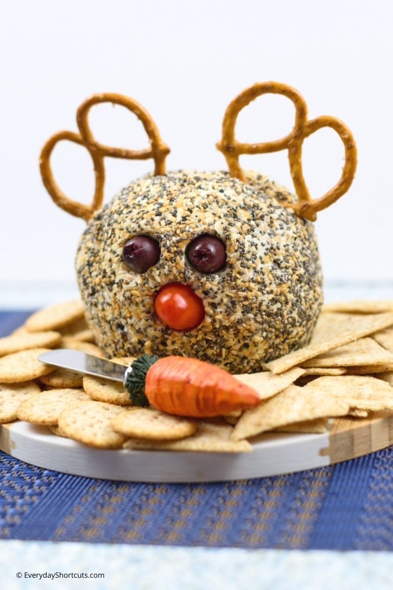 how to make a Reindeer Cheese Ball