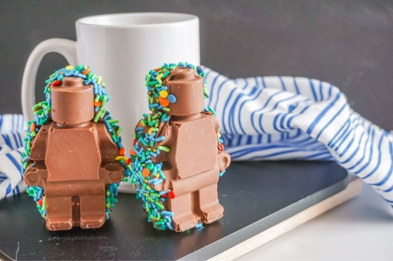 How to make Lego Man Hot Chocolate Bombs
