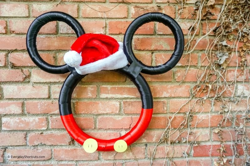 How to Make a Mickey Christmas Wreath with Satin Ribbon