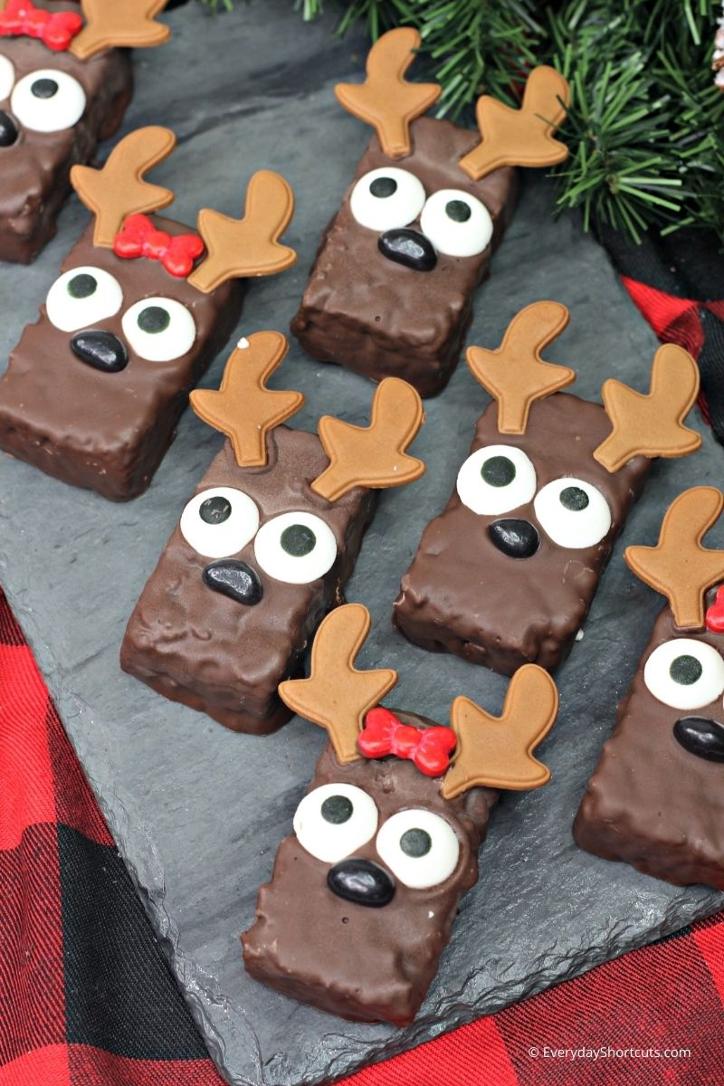how to make Reindeer Rice Krispie Treats