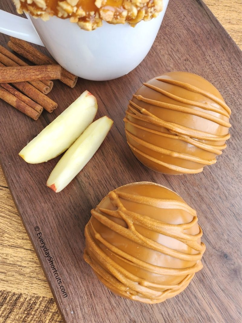 how to make Salted Caramel Apple Cider Bombs