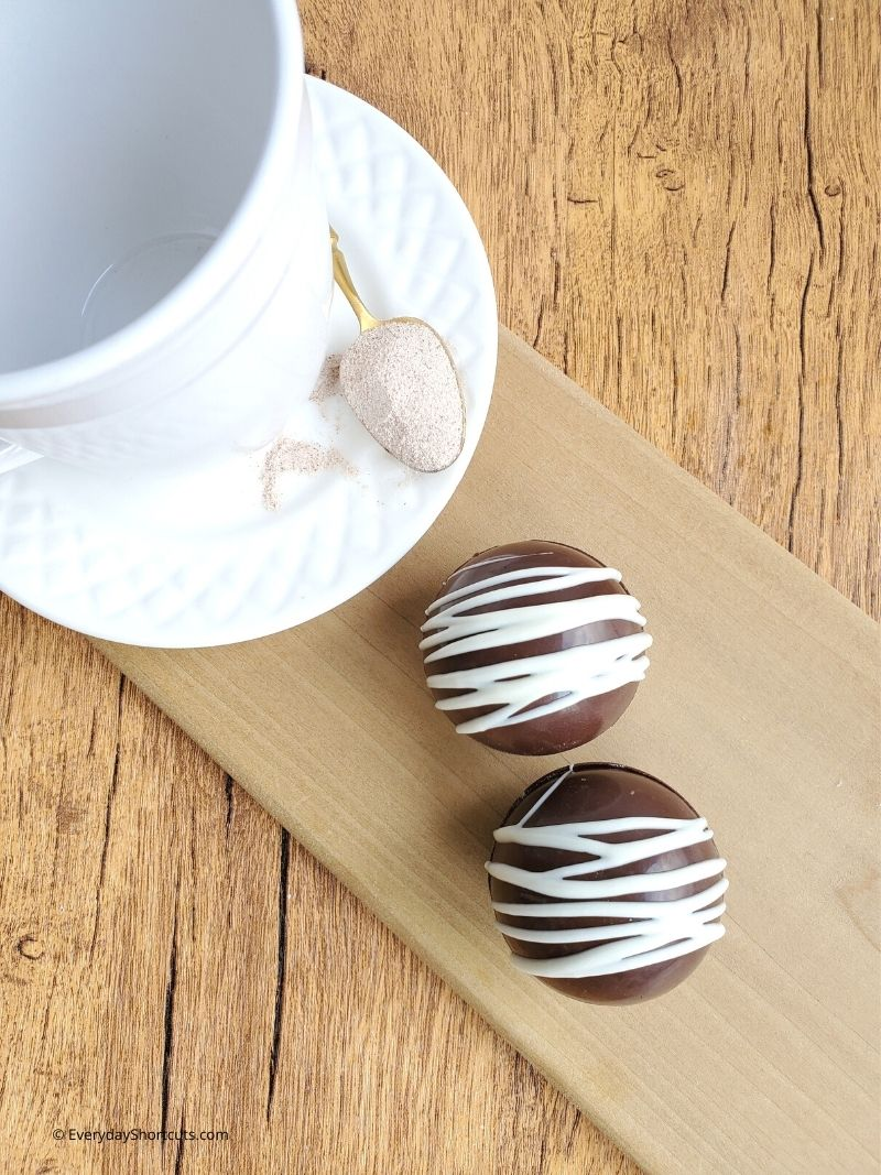 How to Make Cappuccino Bombs