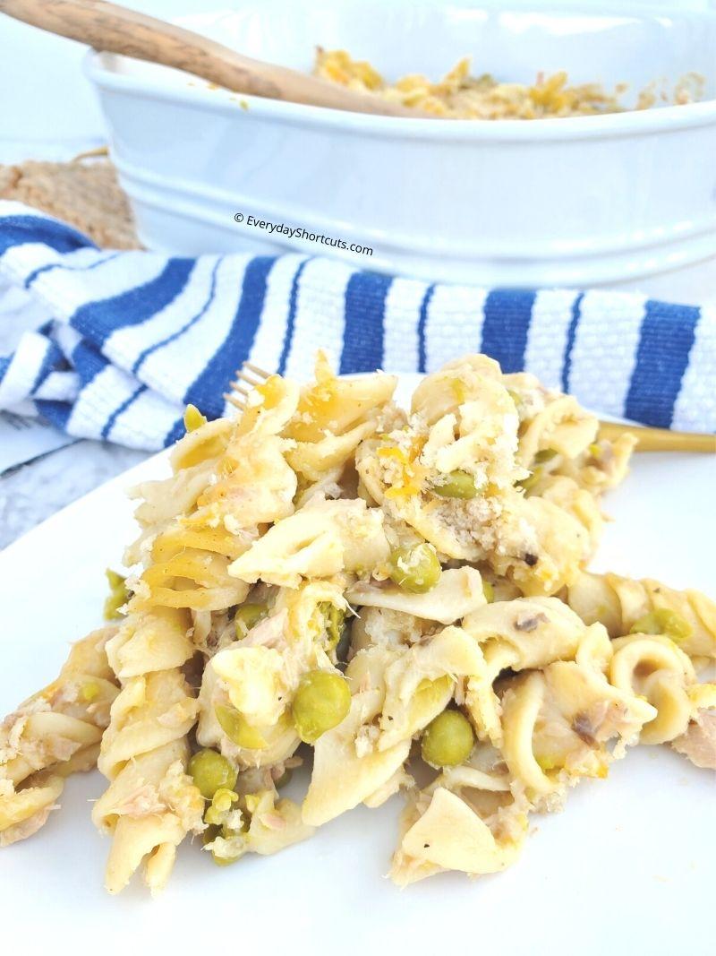 How to Make Tuna Noodle Casserole