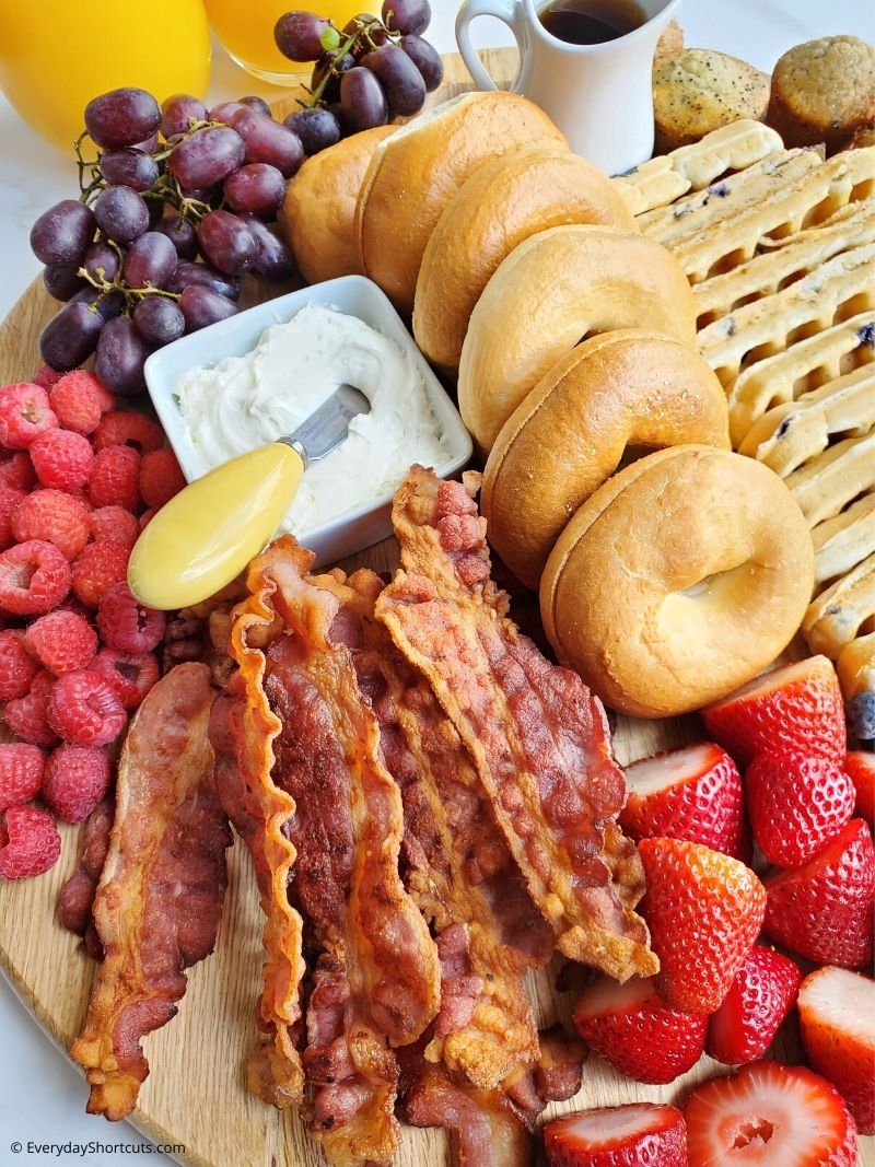 What to Put on a Breakfast Charcuterie Board
