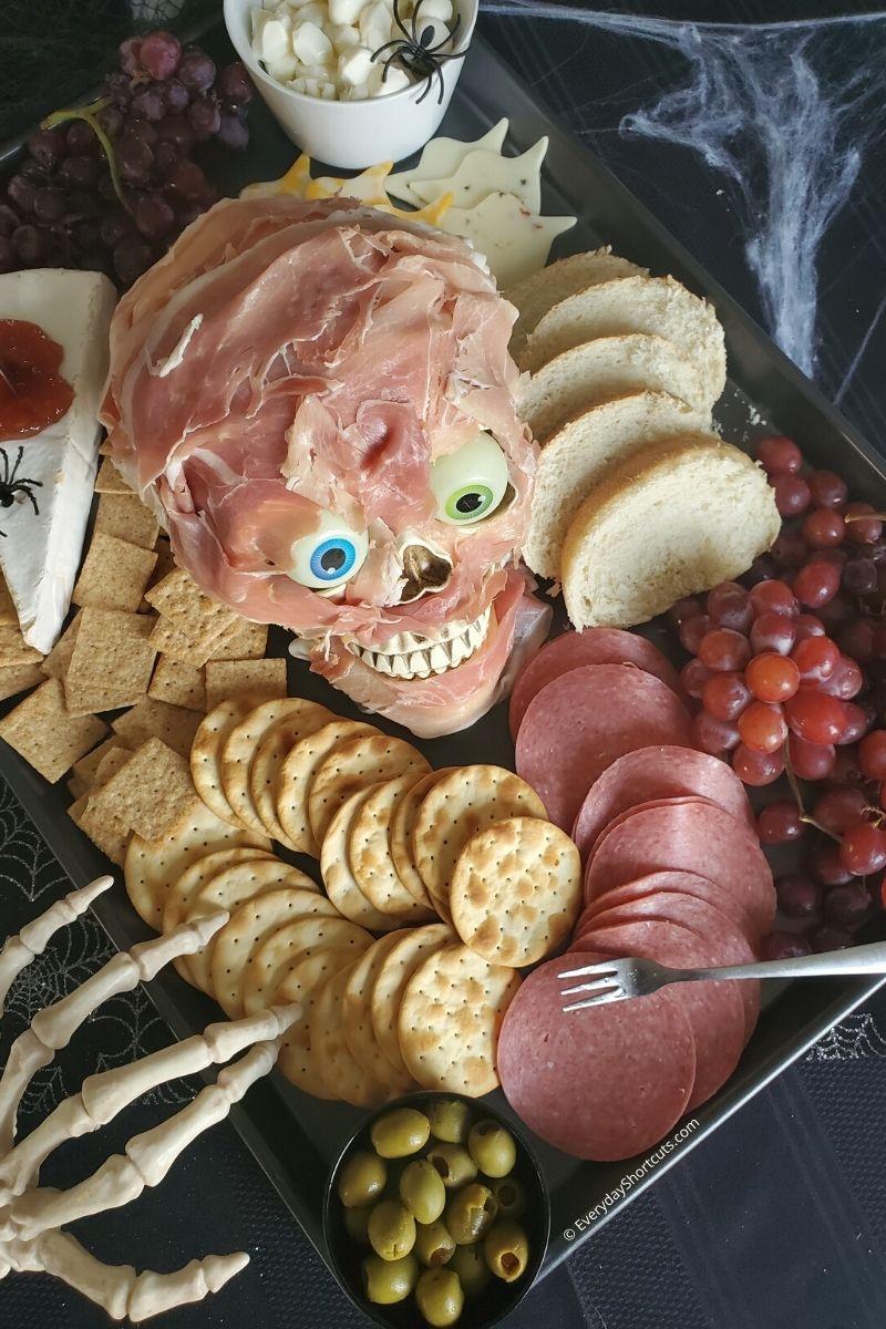How to Make a Spooky Halloween Charcuterie Board