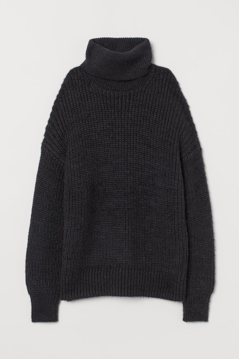 H&M Turtleneck Sweater Image