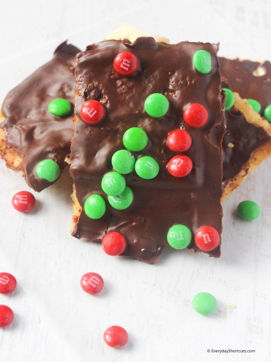 Christmas Cracker Candy Recipe