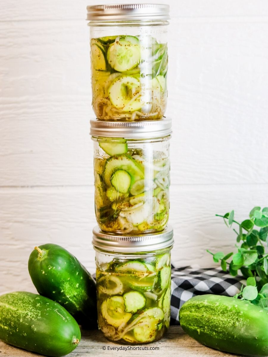 How to Make Refrigerator Pickles