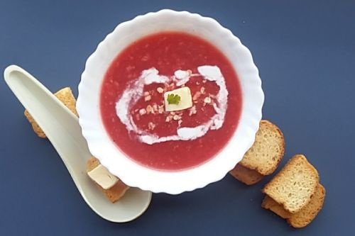 Mixed Vegetable Soup with Oats and Beetroot