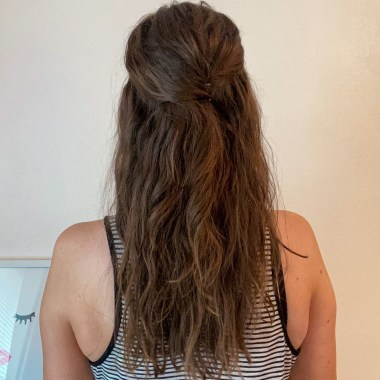 Tips for Wavy Hair from a Licensed Cosmetologist | Caitlin Cosmetologist