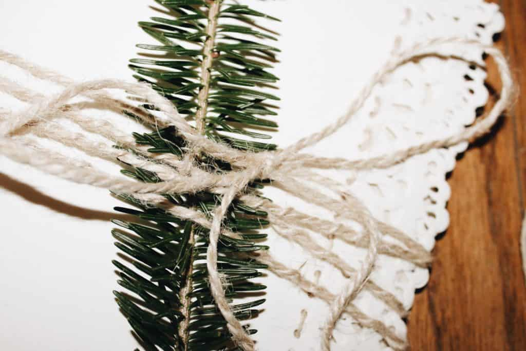 A touch of greenery & twine
