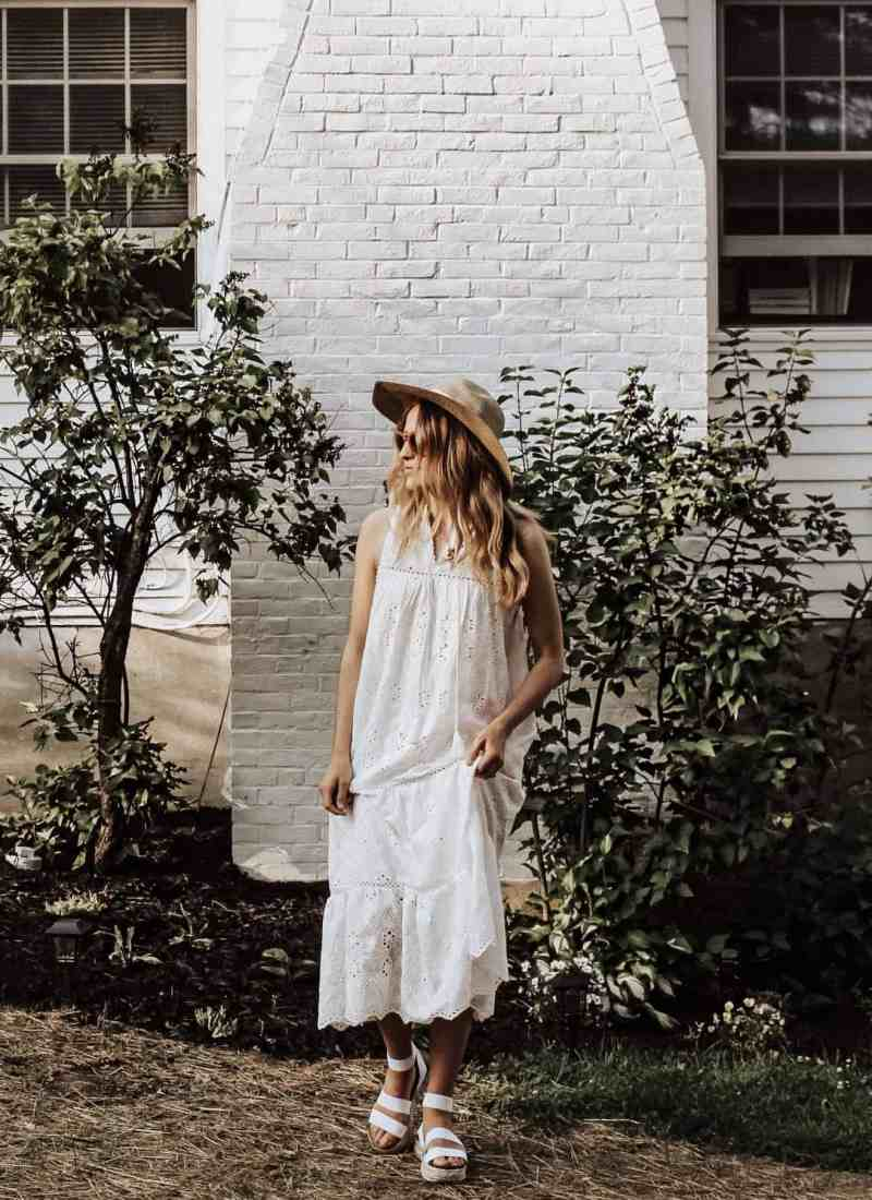 Summer Whites - Sharing gorgeous, flowy, & feminine summer pieces from the Urban Outfitters sale, Free People, Chicwish, & Steve Madden!