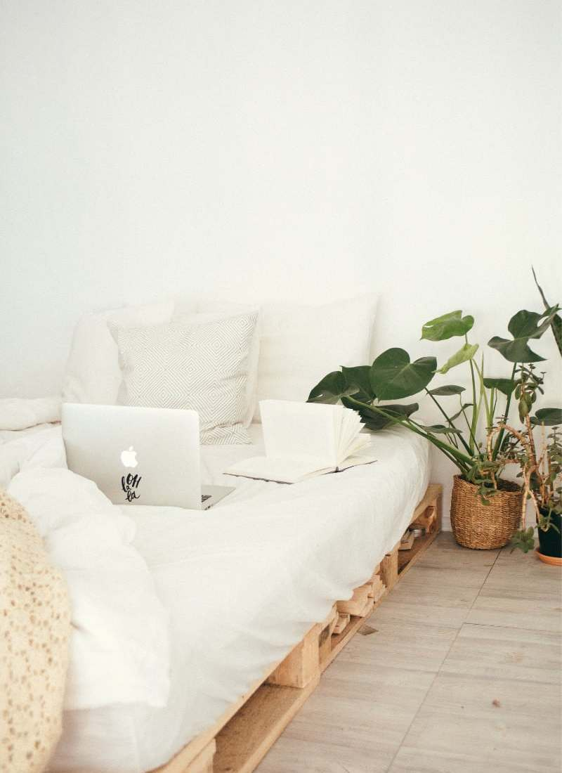 100+ Ways To Declutter Your Home Right Now!