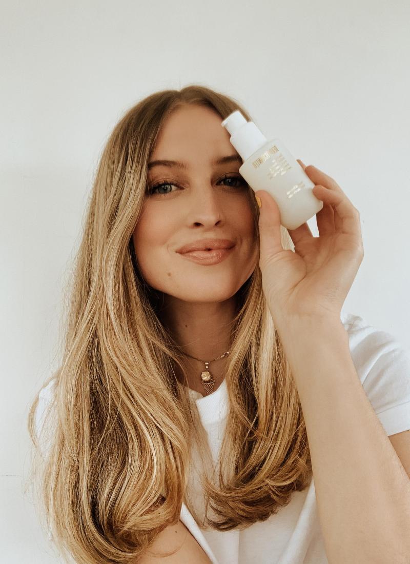 Beautycounter's Hand Savior Radiance Serum + Sanitizer Review