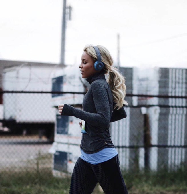 listen-music-while-running