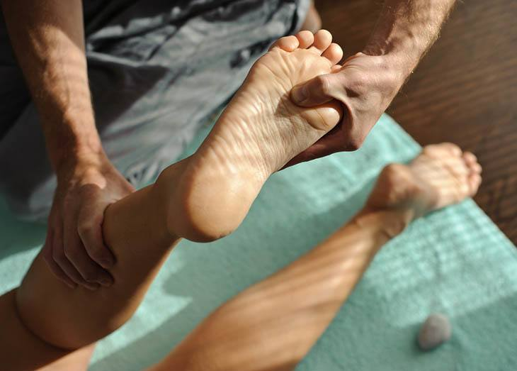How To Perform Plantar Fibroma Massage