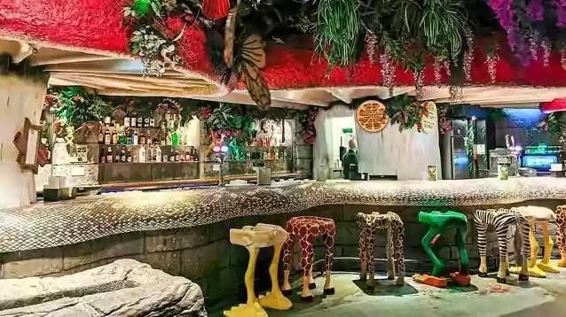 Rainforest Cafe Menu and Prices everymenuprices.com