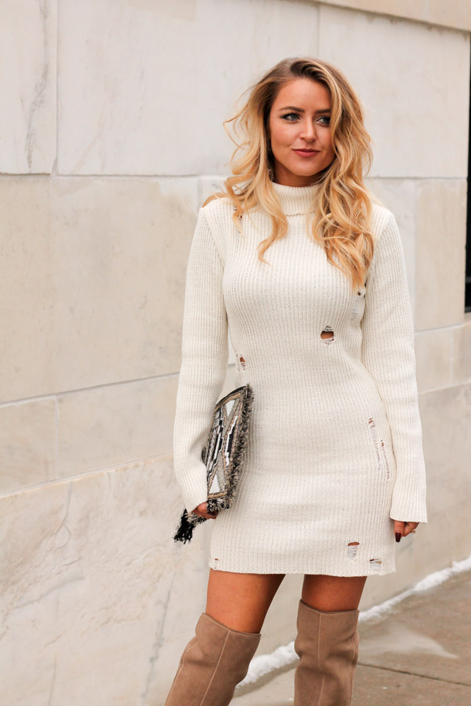 amber from every once in a style is wearing a distressed cream forever 21 sweater dress