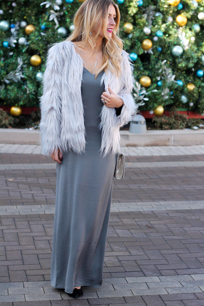 Amber from Every Once in a Style wearing a maxi dress at Cherry Creek Shopping Center