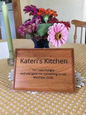 Feeding the hungry plaque