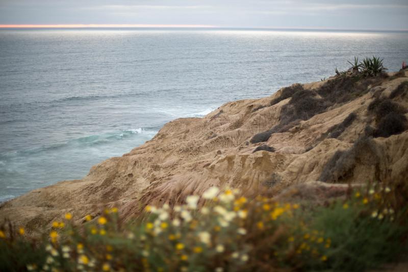maternity-sunset-cliffs-13
