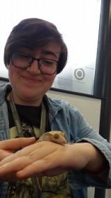 same Gecko, different girl