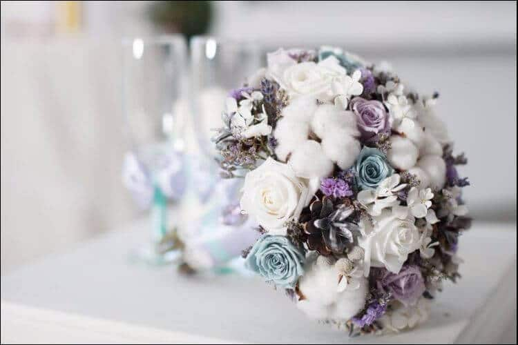 13 Winter Wedding Flowers You Can Grow Yourself