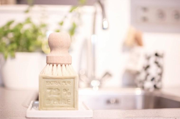 Dishwashing Essentials • everythingelze.com