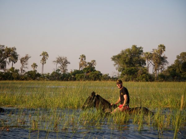 The Riding Holiday Show - Duncan Over - Botswana guide
