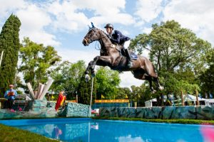 In full flight - the host nation's Santiago Orifici enjoyed a faultless week of competition with Voloma to take Junior individual gold at the FEI Americas Jumping Championships 2015 at Haras El Capricho in Capilla del Señor, Argentina. (FEI/Lucio Landa)