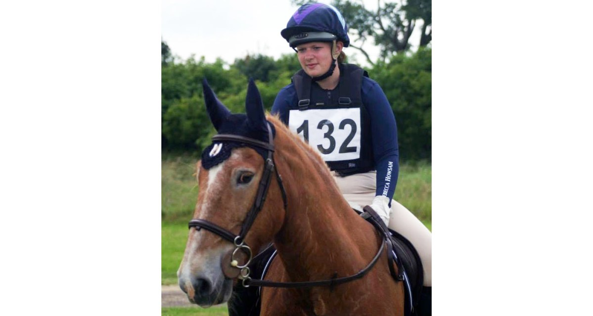 Rebecca Howsham Awarded First Scholarship from Saddle Research Trust