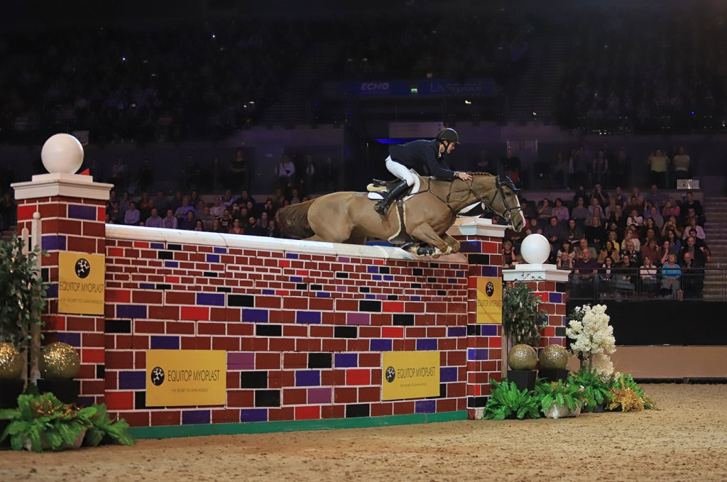 Christopher Megahey riding Seapatrick Cruise Cavalier. Liverpool International Horse Show Puissance 2017