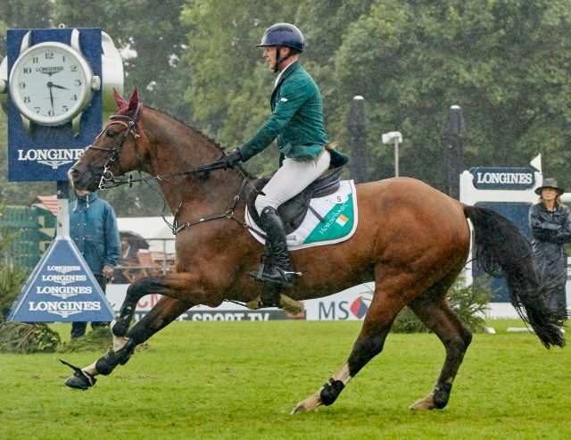 Anthony Condon and SFS Aristio clinched victory for Ireland in today's Longines FEI Jumping Nations Cup™ of Great Britain at Hickstead (GBR). (FEI/Liz Gregg)