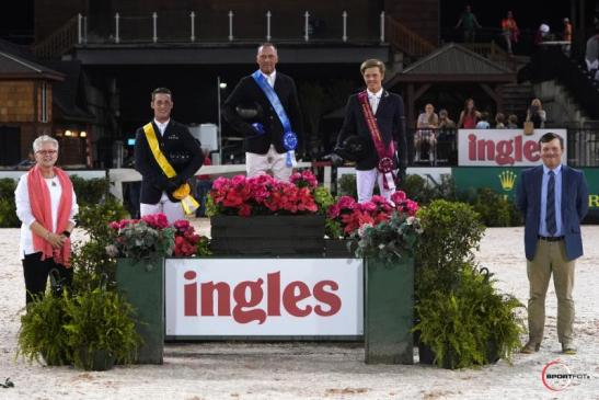 Tryon Resort Chief Operating Officer Sharon Decker, and Show Manager JP Godard congratulate the night's winning trio.