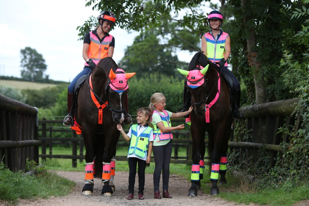 LADIES PINK HORSE RIDING VEST//SLOW YOUNG RIDER HI VIS VEST,FLUORESCENT//SMALL-XL